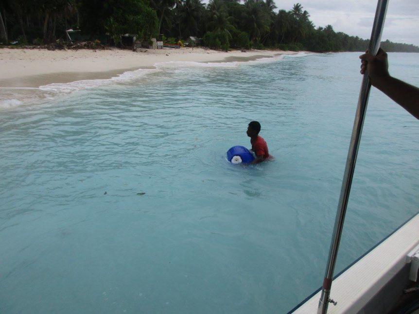 KADA Marshall Islands Hippo Rollers floating Bikeej