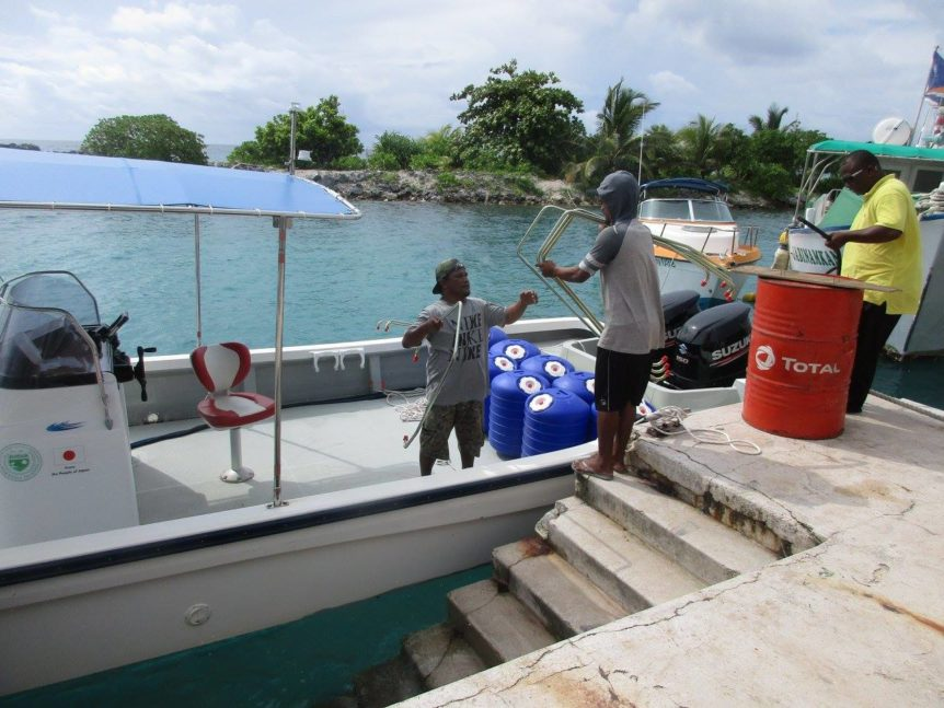 KADA Marshall Islands Hippo Rollers load boat